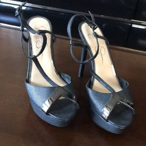 Jessica Simpson size 8 Hells Brand New